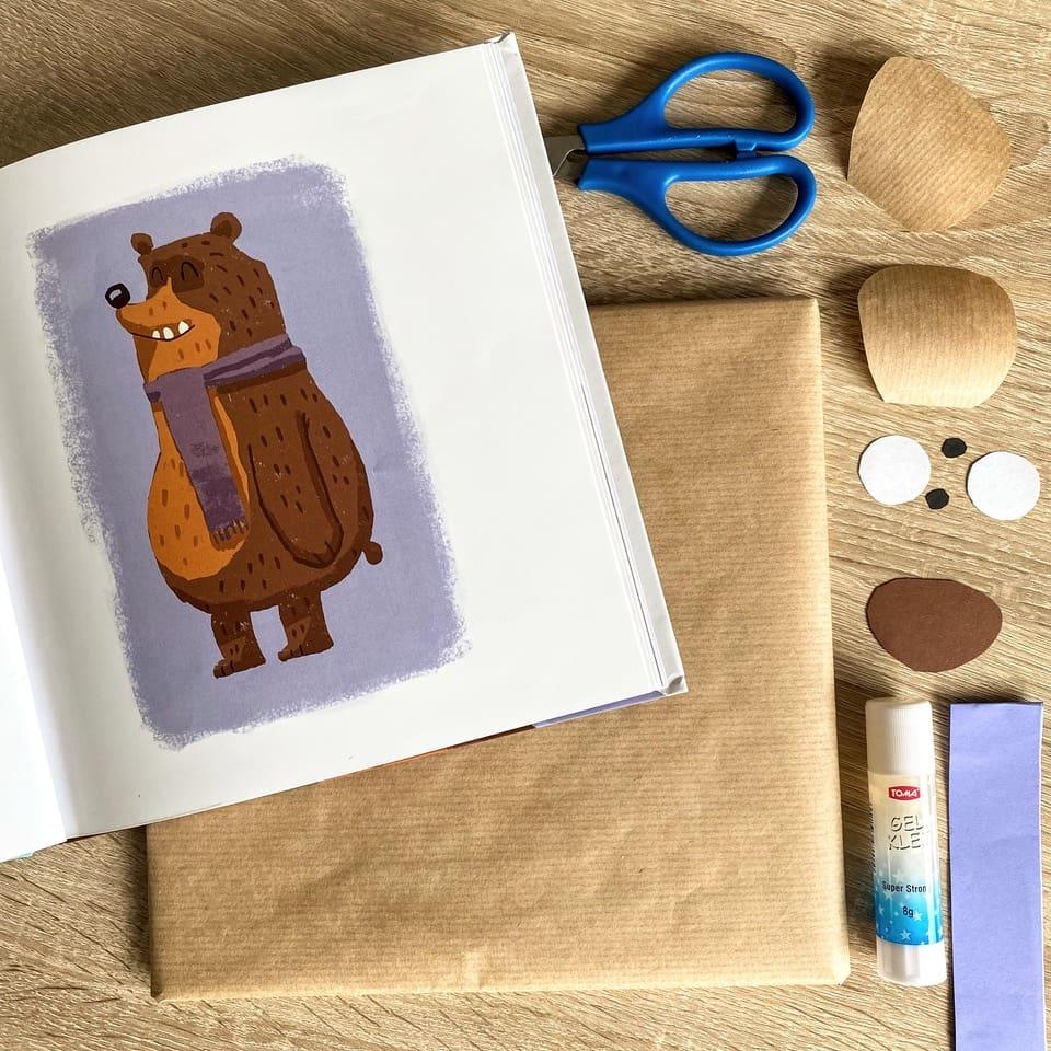 Jak zapakować książkę dla dzieci? Przybory do pakowania książki